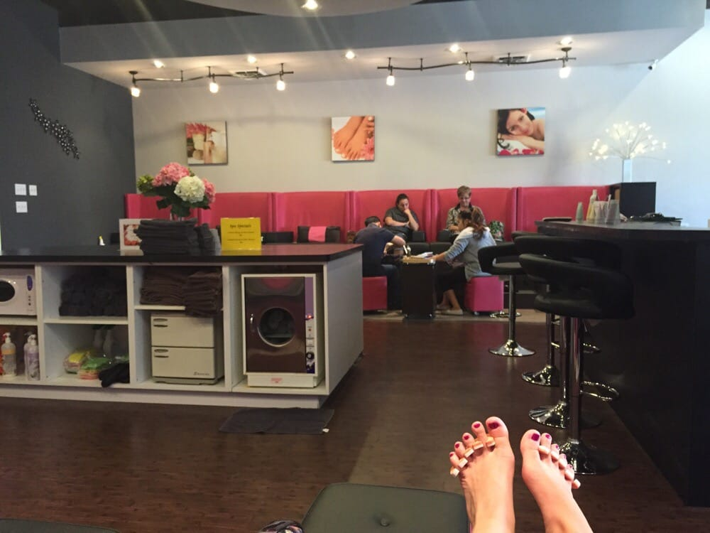Sasa Nails & Spa: 4155 W Wabash Ave, Springfield, IL