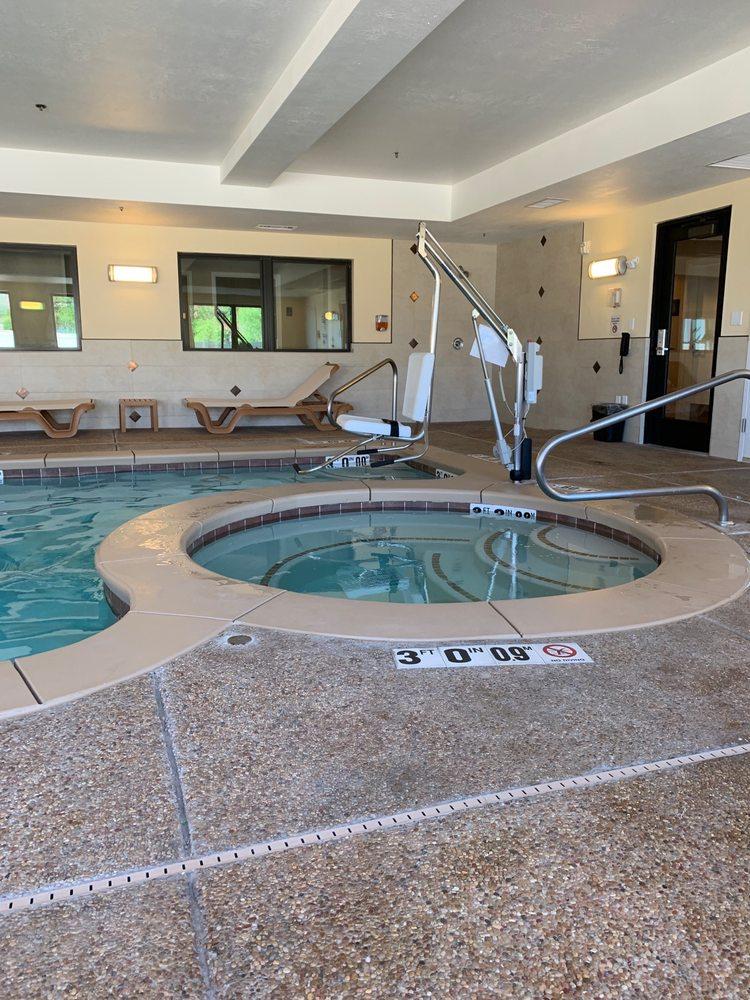 Comfort Inn & Suites Tooele: 8580 N Hwy 36, Tooele, UT