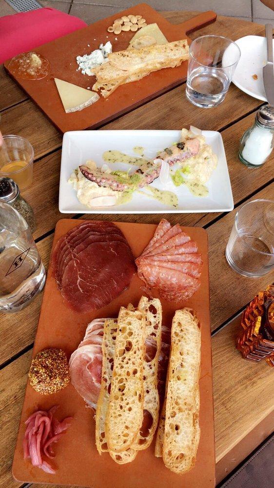 The Hamilton Kitchen & Bar: 645 W Hamilton St, Allentown, PA