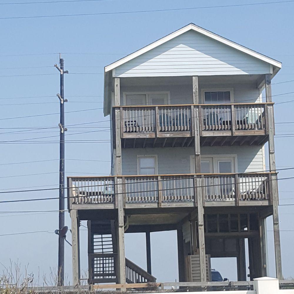 3 Beach Houses: 17405 Fm 3005, Galveston, TX