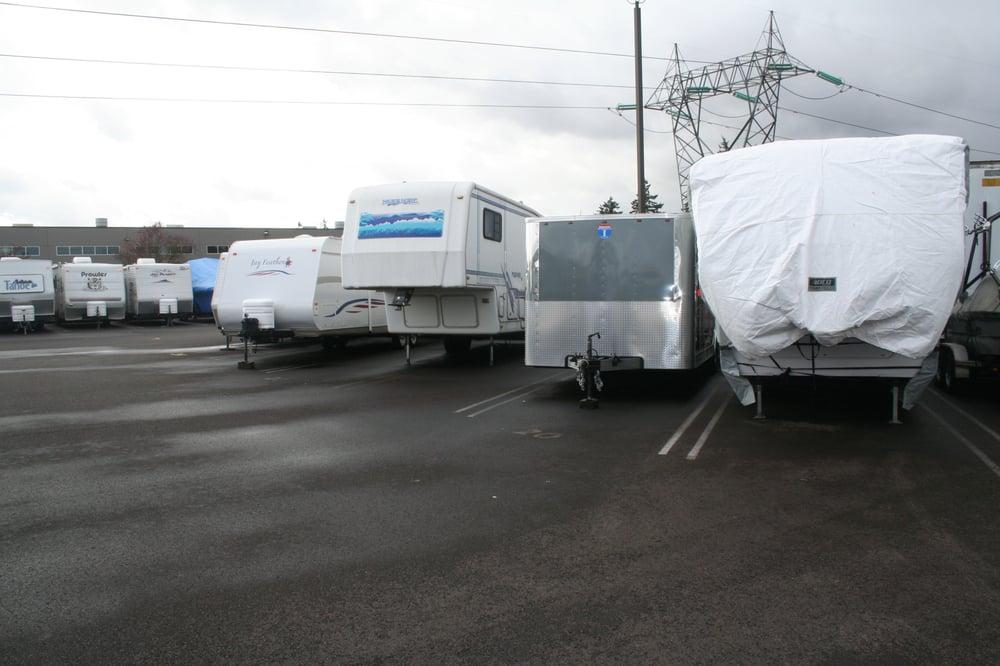 Wilsonville rv boat storage depositi e box in affitto for Piani di costruzione di storage rv