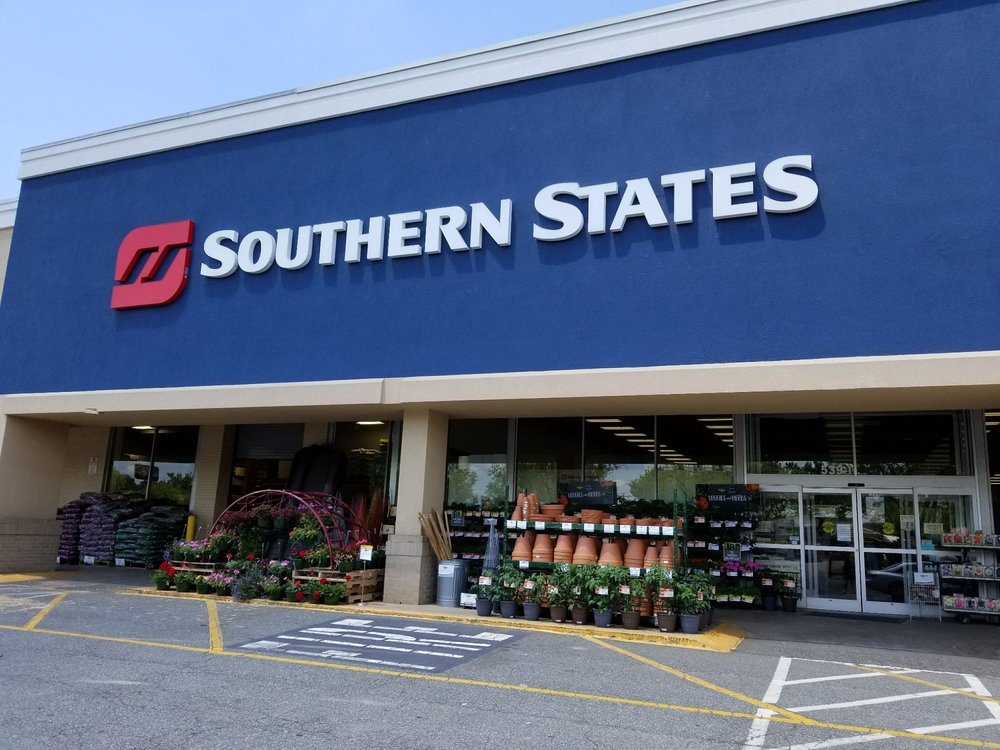 Southern States: 539 E Plaza Dr, Mooresville, NC