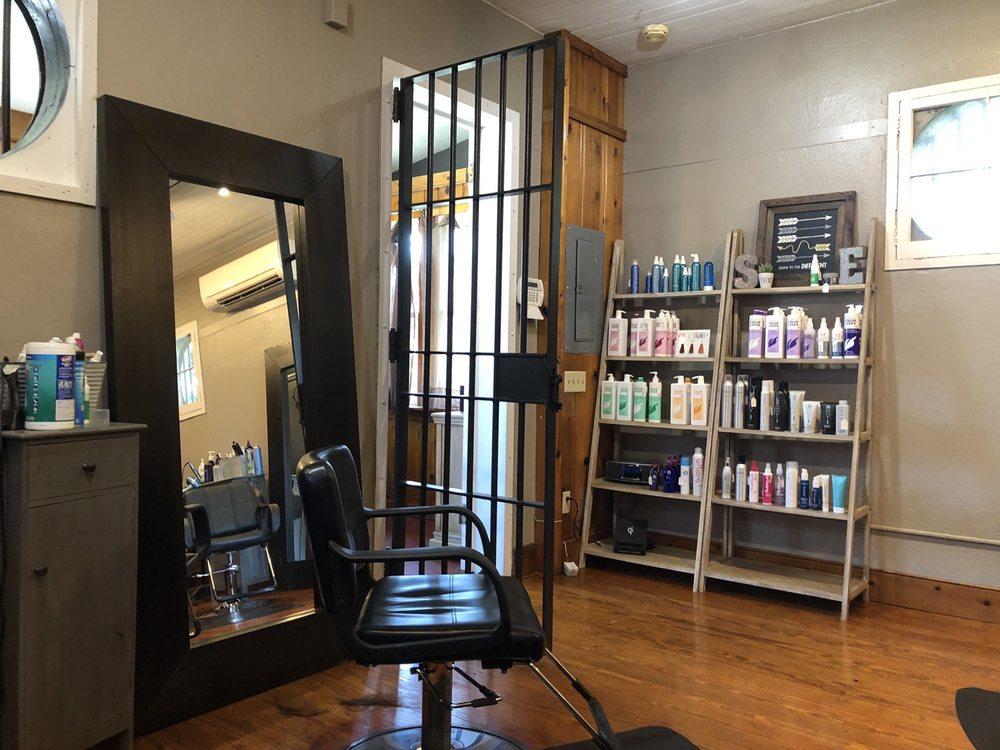 Salon Eleven: 11 N Cherry St, Germantown, OH