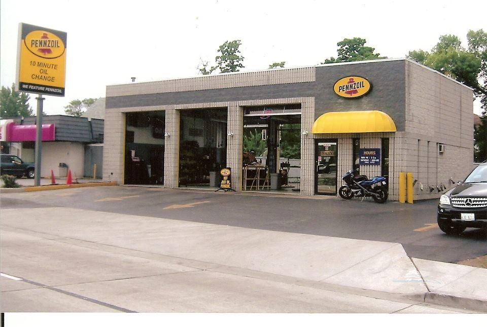 Ultimate Ten Pennzoil Oil Change: 2331 Burr Oak Ave, Blue Island, IL