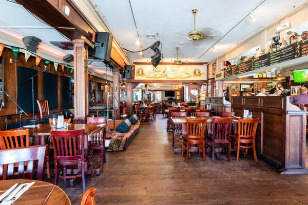 Liam Maguire's Irish Pub - 90 Photos & 210 Reviews - Pubs