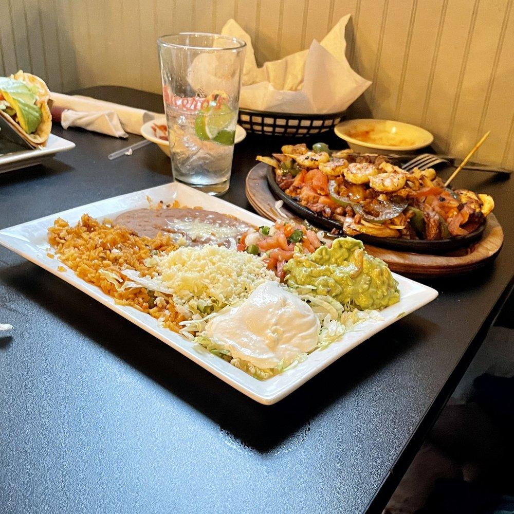 Lucero's Mexican Bar & Grill: 6258 Jefferson Rd, Brooklyn, MI