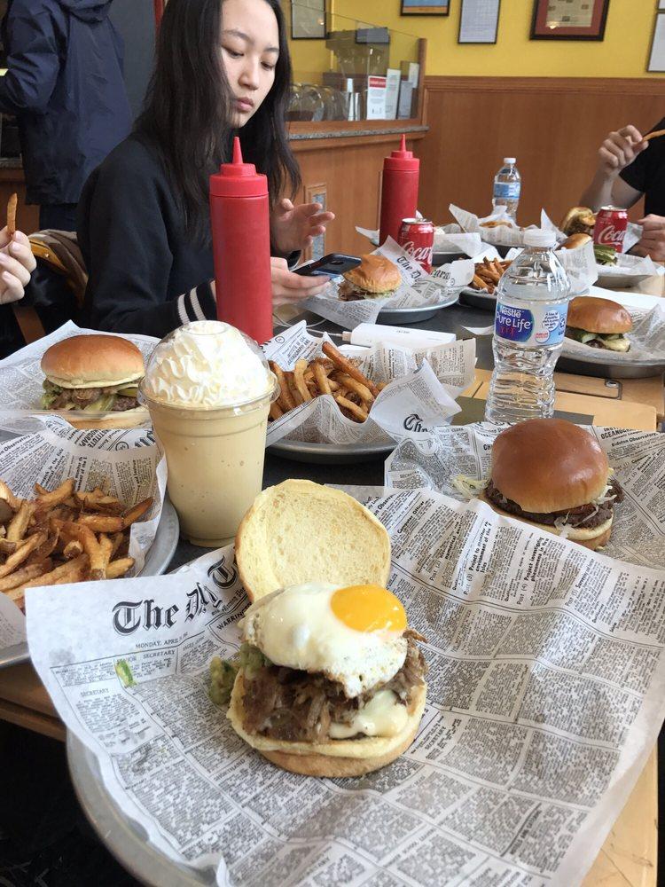 Manzo's Burger: 2353 W 111th St, Chicago, IL