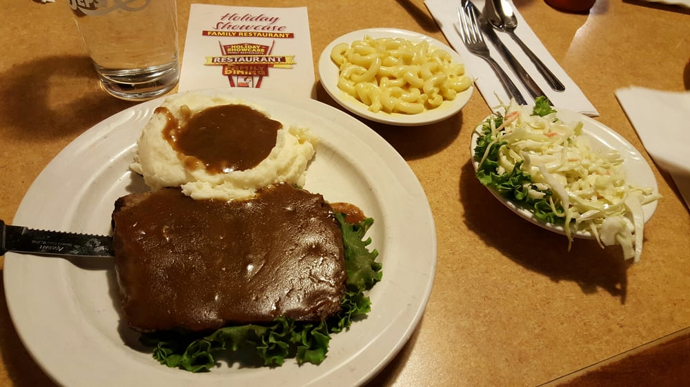 Holiday showcase restaurant 16 fotos y 34 rese as for K kitchen company cheektowaga ny
