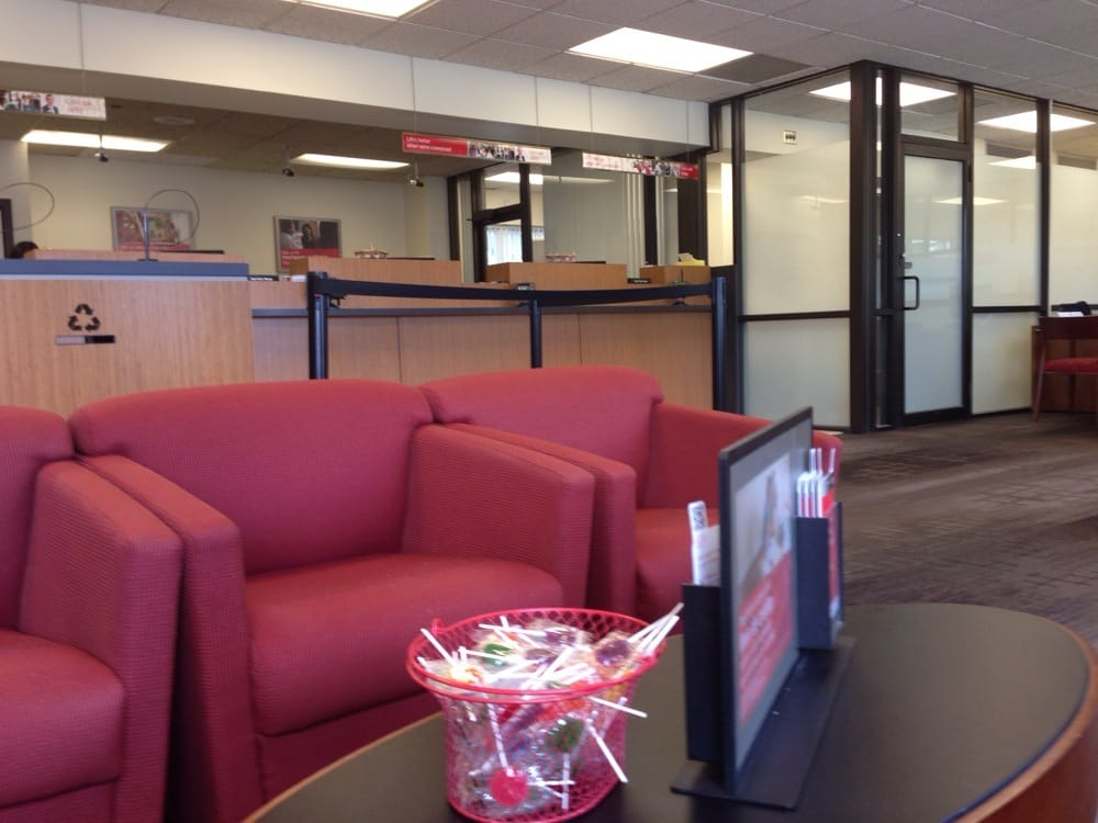 Bank of America: 10 Tremont St, Braintree, MA