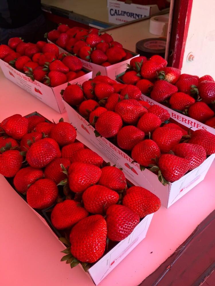 Las Posas Berries: 2701 N Lewis Rd, Camarillo, CA
