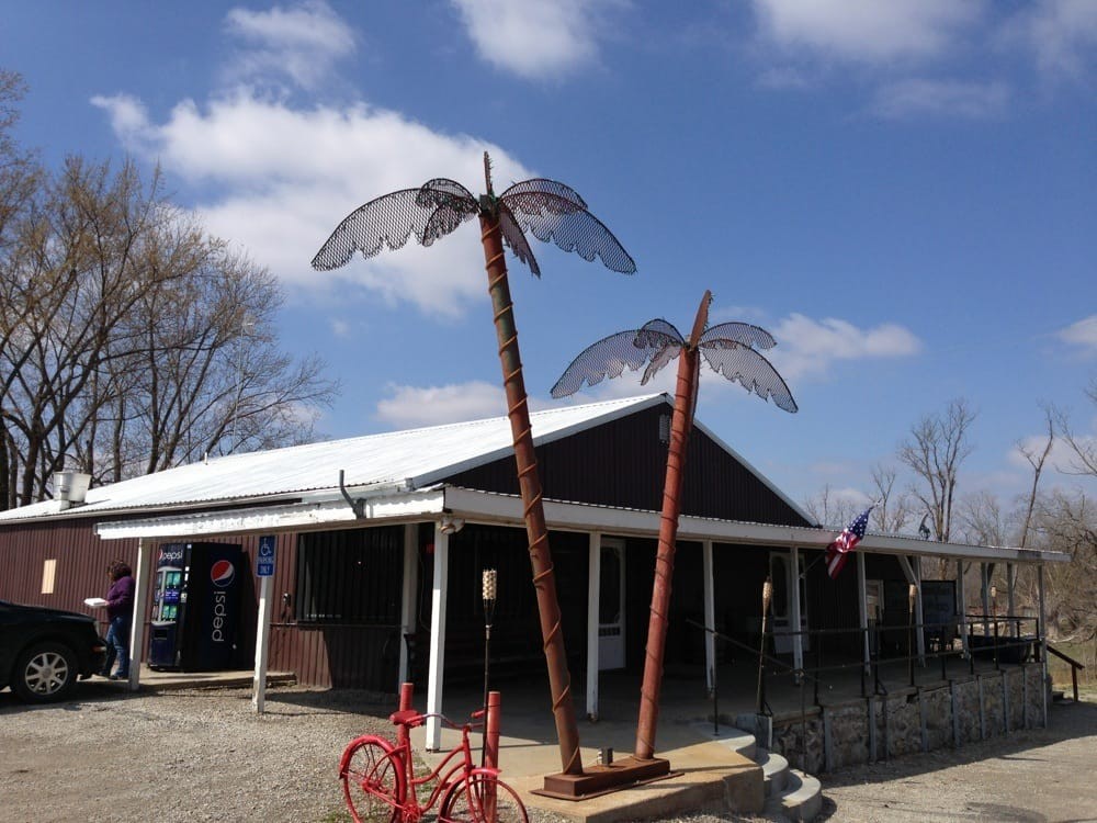 The II Palms Restaurant & Bar: 4421 Highway 87, Boonesboro, MO