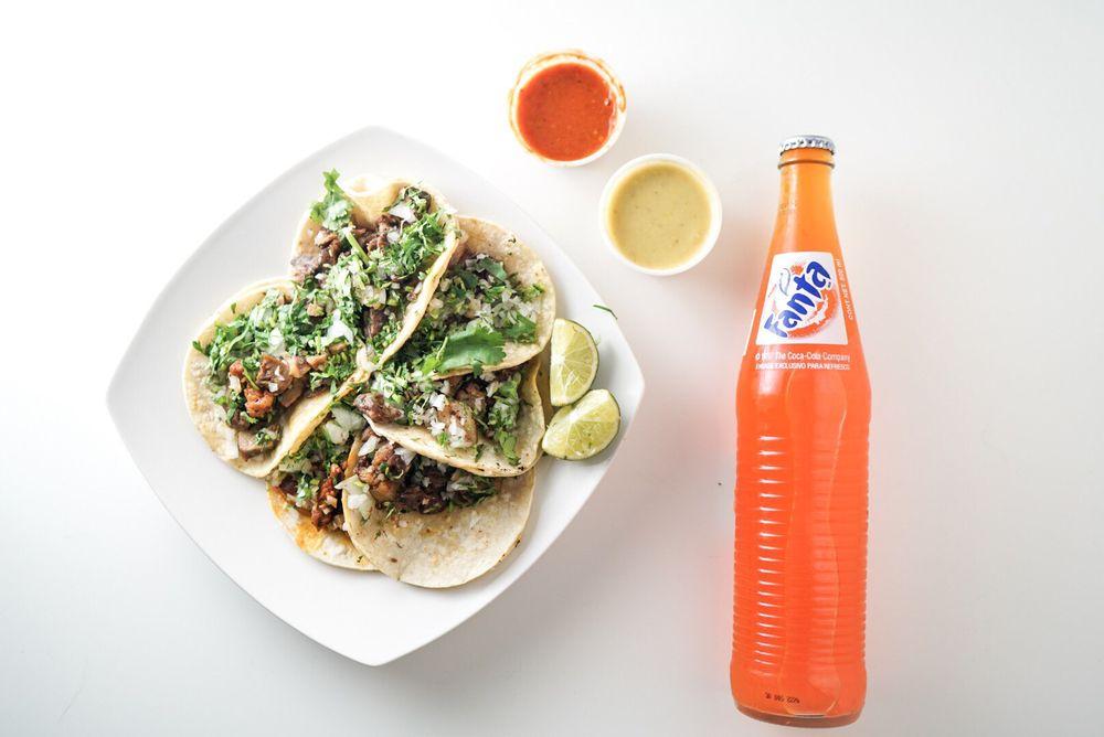 Tacos La Banqueta Puro DF: 3300 K Ave, Plano, TX