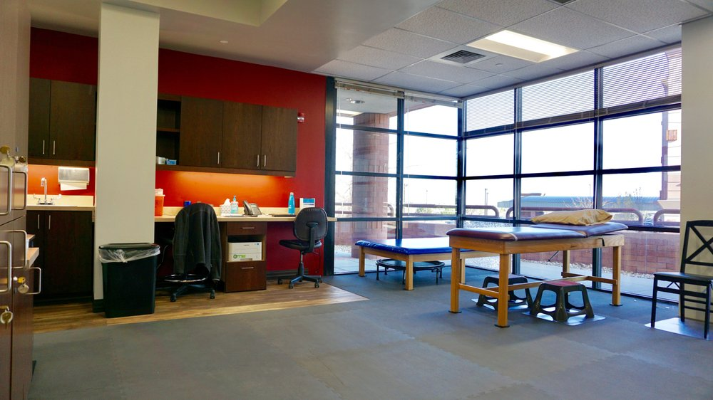 Quantum Health Solutions Group: 9777 S Yosemite St, Lone Tree, CO