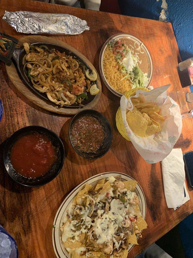 La Huerta Mexican Restaurant: 2005 N Arkansas Ave, Russellville, AR