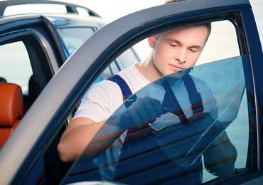 7 Star Auto Glass | Fresno: 3230 E Jensen Ave, Fresno, CA