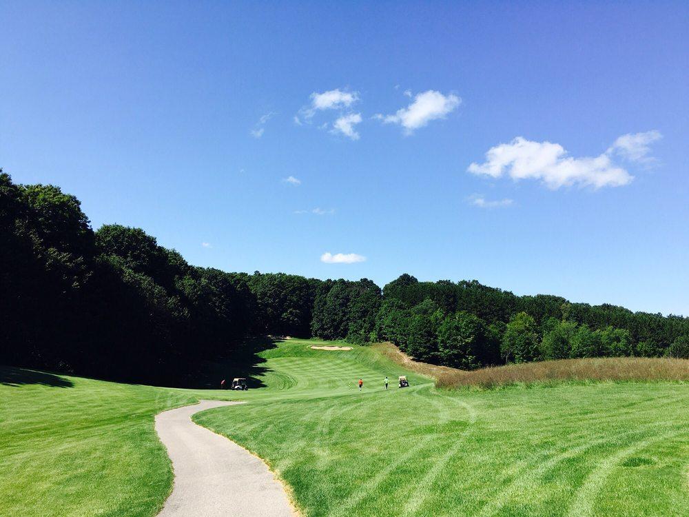 Schuss Mountain Golf Club: 1826 Schuss Mountain Ln, Mancelona, MI