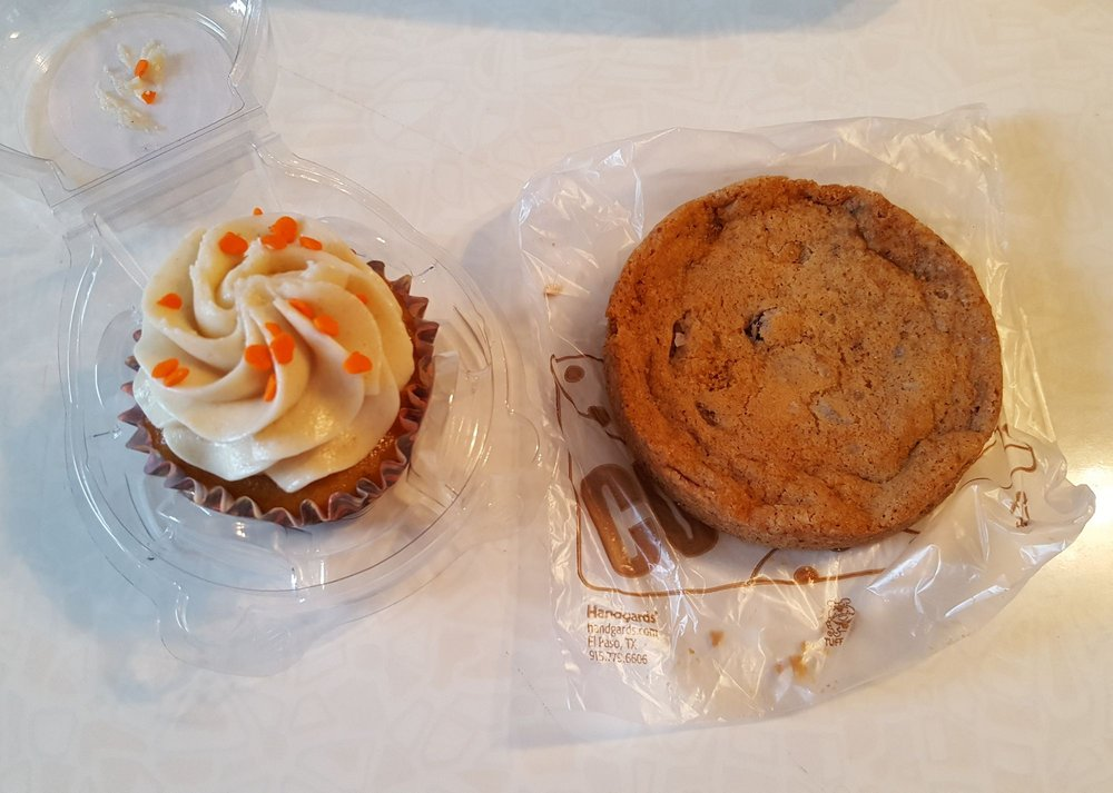 Little Devil Cupcakery: 103 Milan Ave, Amherst, OH