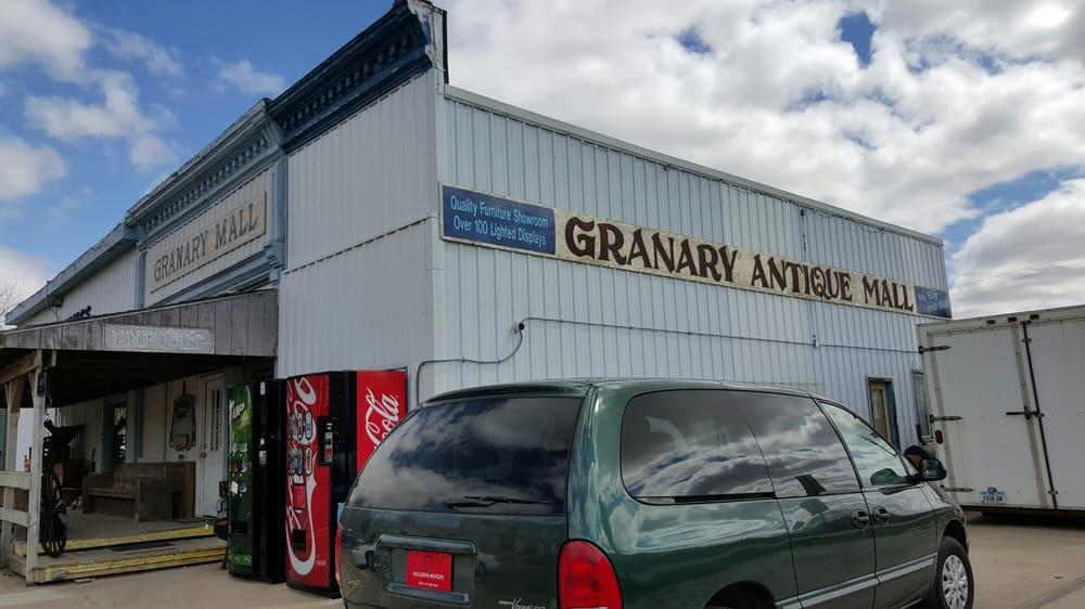 Granary Antique Mall: 603 Pearl St, Walnut, IA