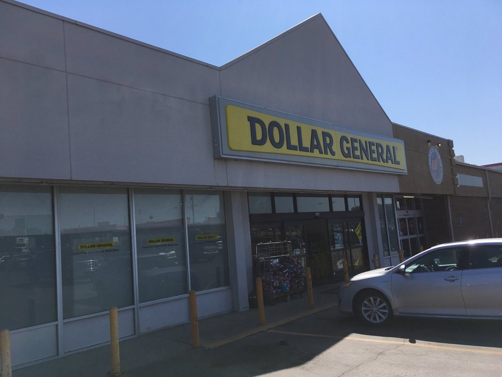 Dollar General: 507 E Briggs Dr, Macon, MO