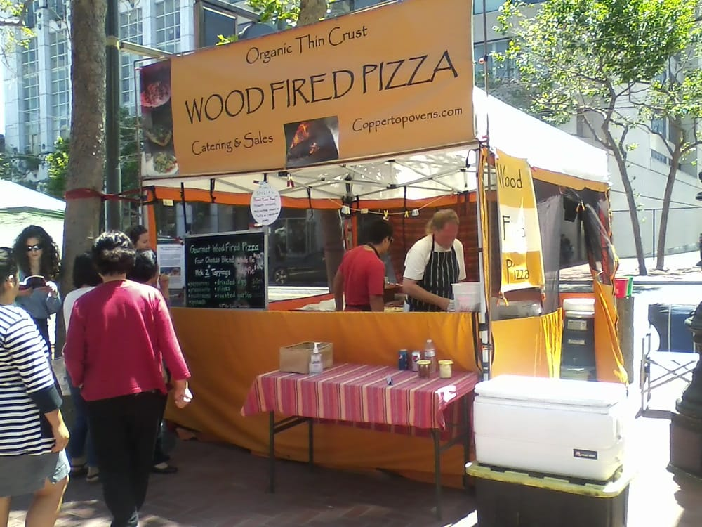 Copper Top Ovens Wood Fired Pizza Stand At The Wednesday