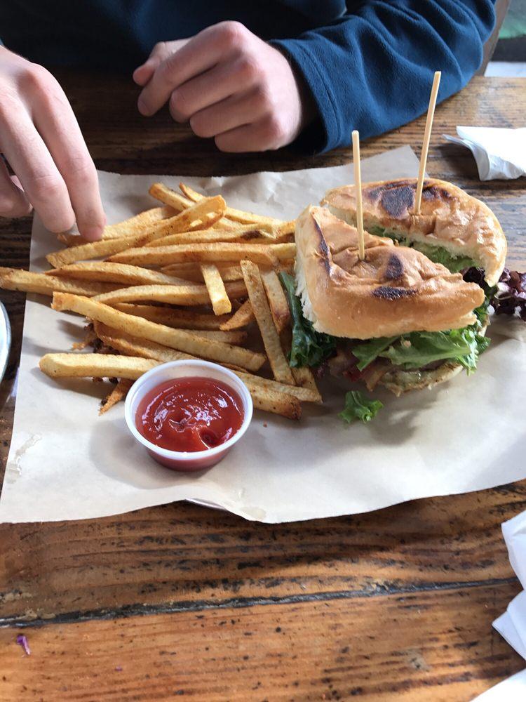 Sabertooth Food: 4012 N Mesa St, El Paso, TX