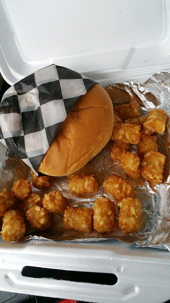 Blondie's Truck Stop & Diner: 3299 Hwy 75, Holdenville, OK
