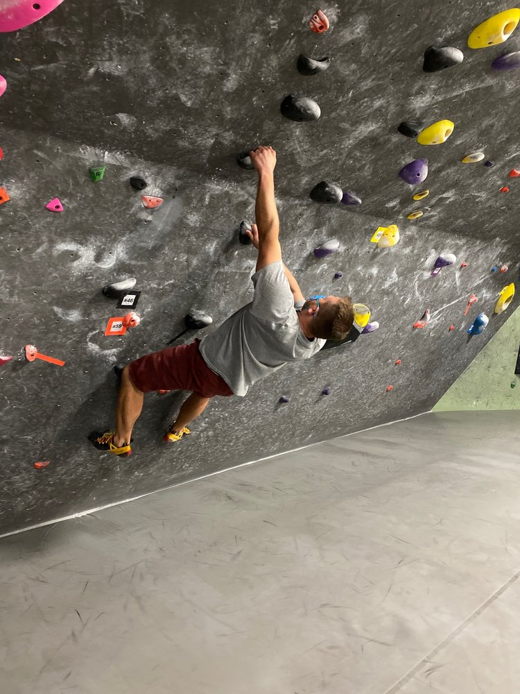Black Rock Bouldering Gym: 10436 North 32nd St, Phoenix, AZ