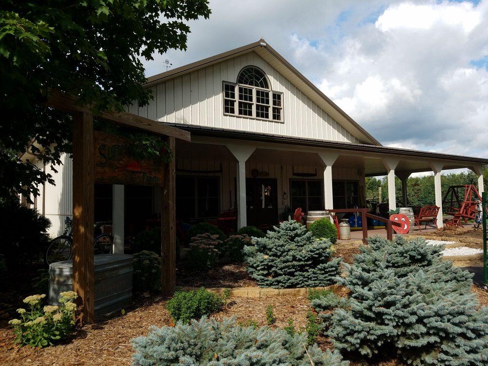 Sunrise River Farm: 7602 Wyoming Trl, Wyoming, MN