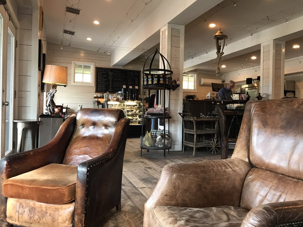 Bucks Coffee Cafe of Cashiers: 6 Hwy 107 S, Cashiers, NC