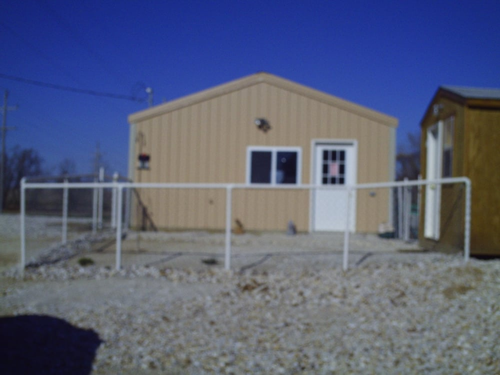 Chihuahua & More: 25340 390th St, Pittsfield, IL