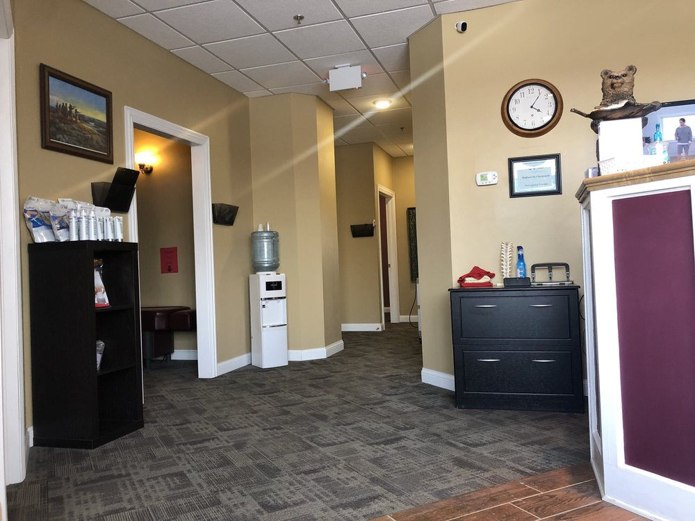 Dakota Back & Neck Clinic: 105 9th Ave SE, Watford City, ND