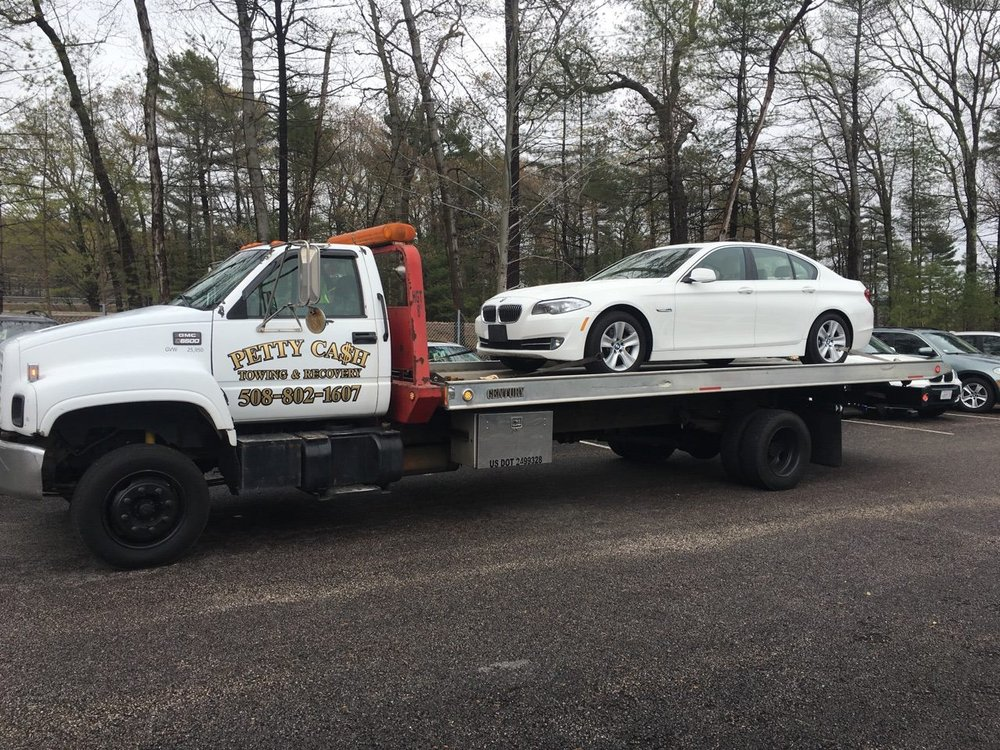 Towing business in Raynham, MA