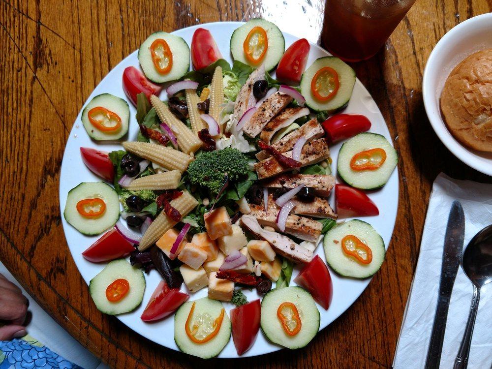 Ponderosa Family Restaurant & Grill: 10676 NM 337, Tijeras, NM