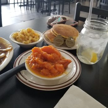 M M Soul Food Cafe 401 Photos 501 Reviews Soul Food 2211 S