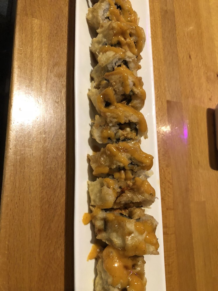 Koi Japanese Sushi Bar & Lounge: 3350 Dowlen Rd, Beaumont, TX