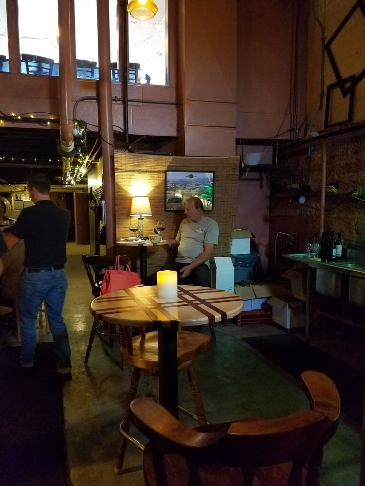 Cypress Cellars: 51 E 4th St, Mansfield, OH