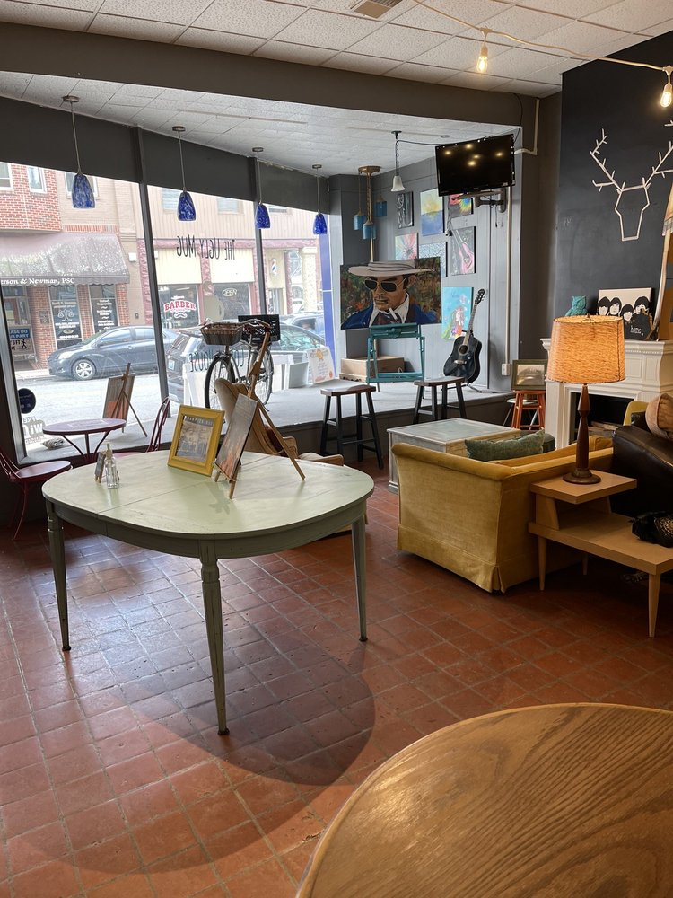 The Ugly Mug Coffee House: 103 Knox St, Barbourville, KY