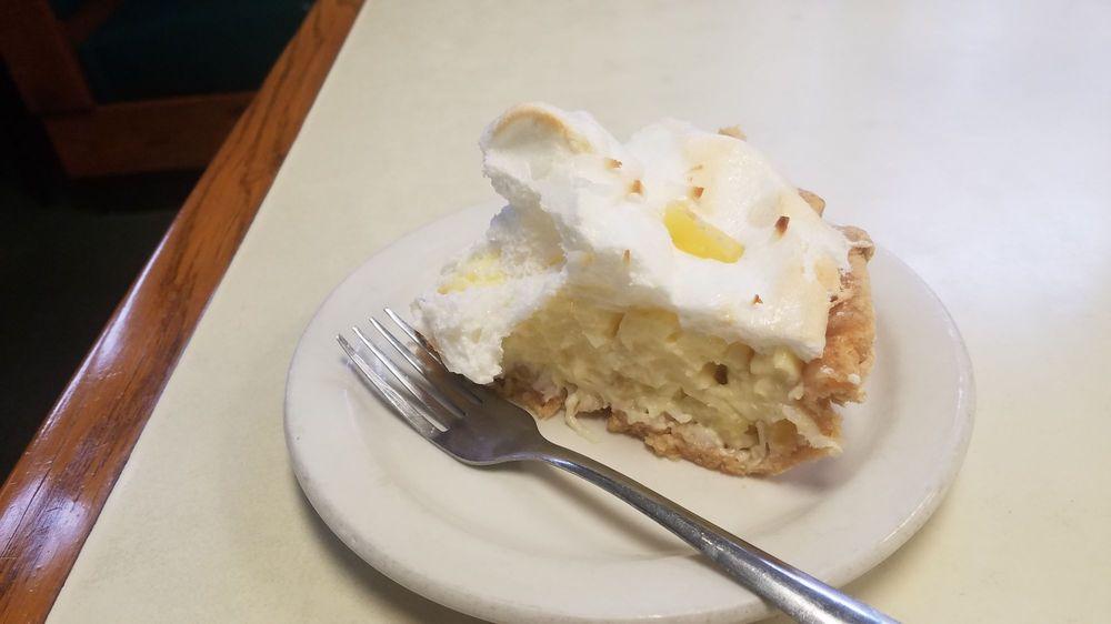 Bradley's Corner Cafe: 844 N Kansas Ave, Topeka, KS