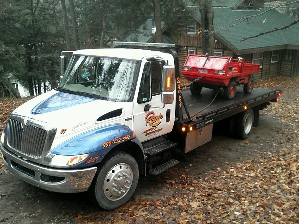 Ron's Auto & Wrecker Service: 611 W 4th St, Gaylord, MI