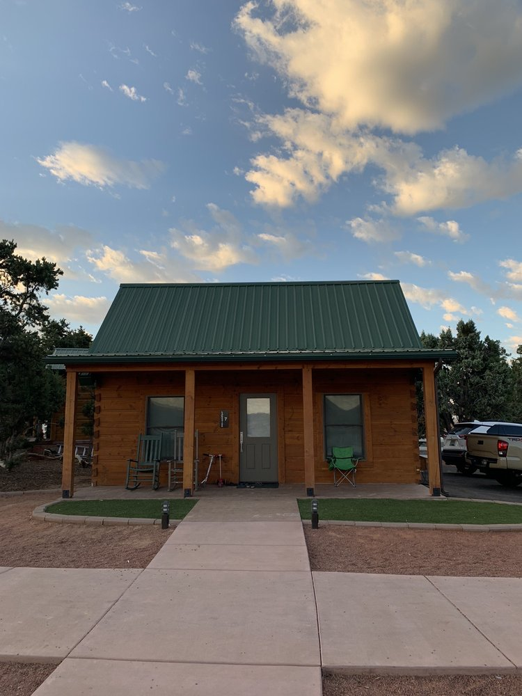 Holmstead Ranch Resort: 1089 E Baker Dam Rd, Central, UT