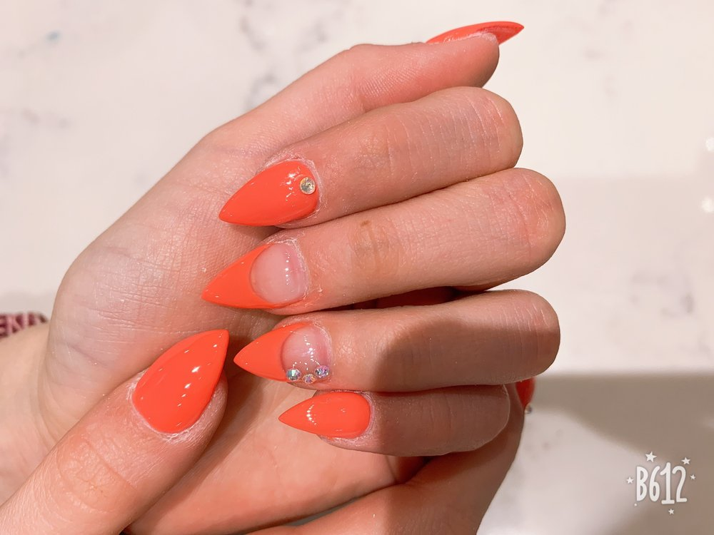 V Nails & Spa: 2930 N 14th St, Bismarck, ND
