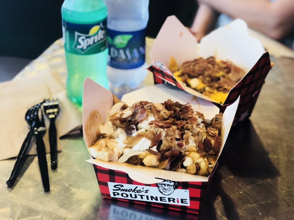 Food from Smoke's Poutinerie