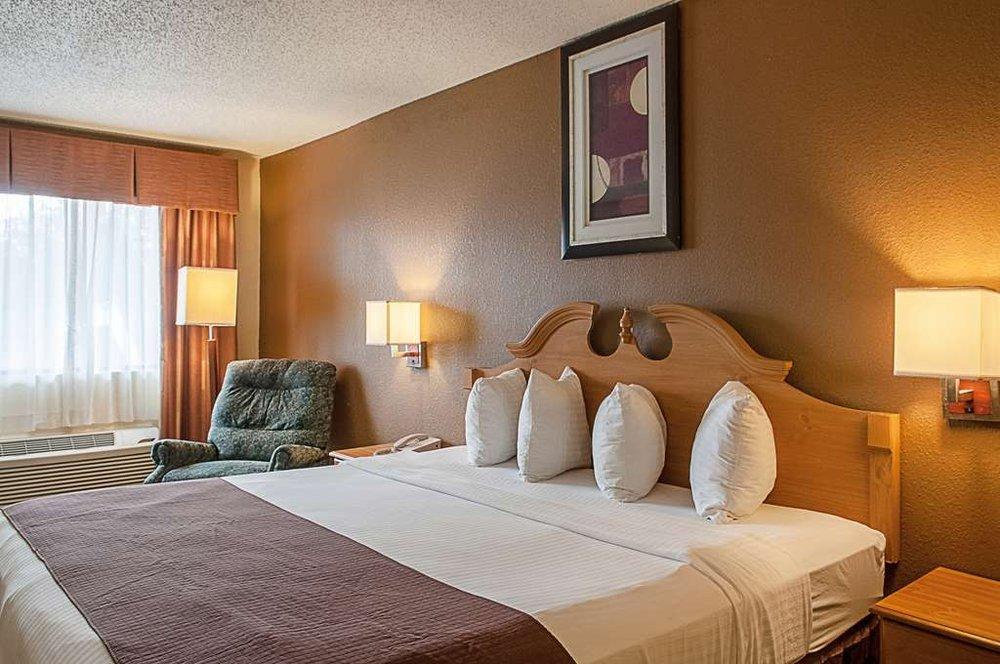 Motel 6: 1011 Brasher Ave, Morgan City, LA