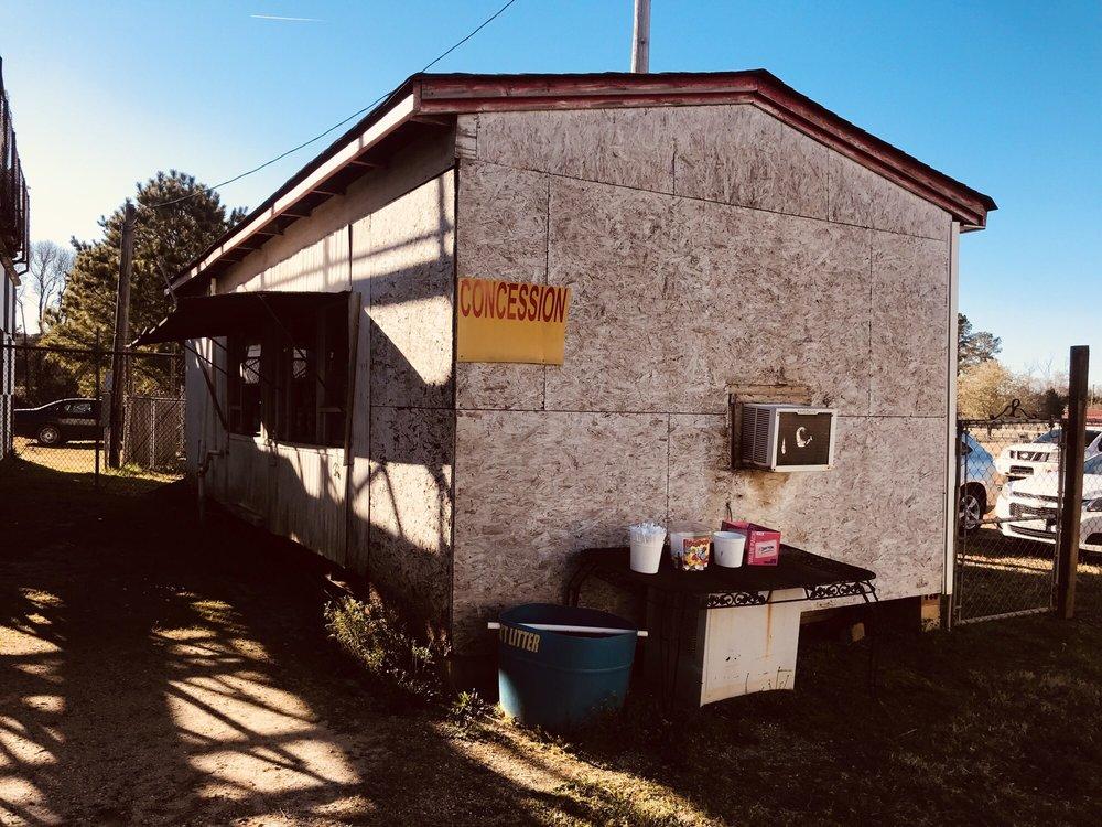 County Line Raceway: 6953 Stagecoach Rd, Elm City, NC