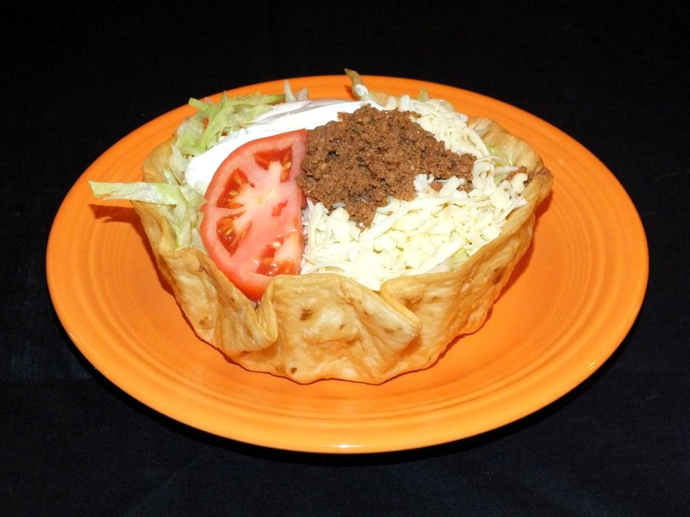 El Toro Mexican Restaurant: 4421 W Franklin St, Bellbrook, OH