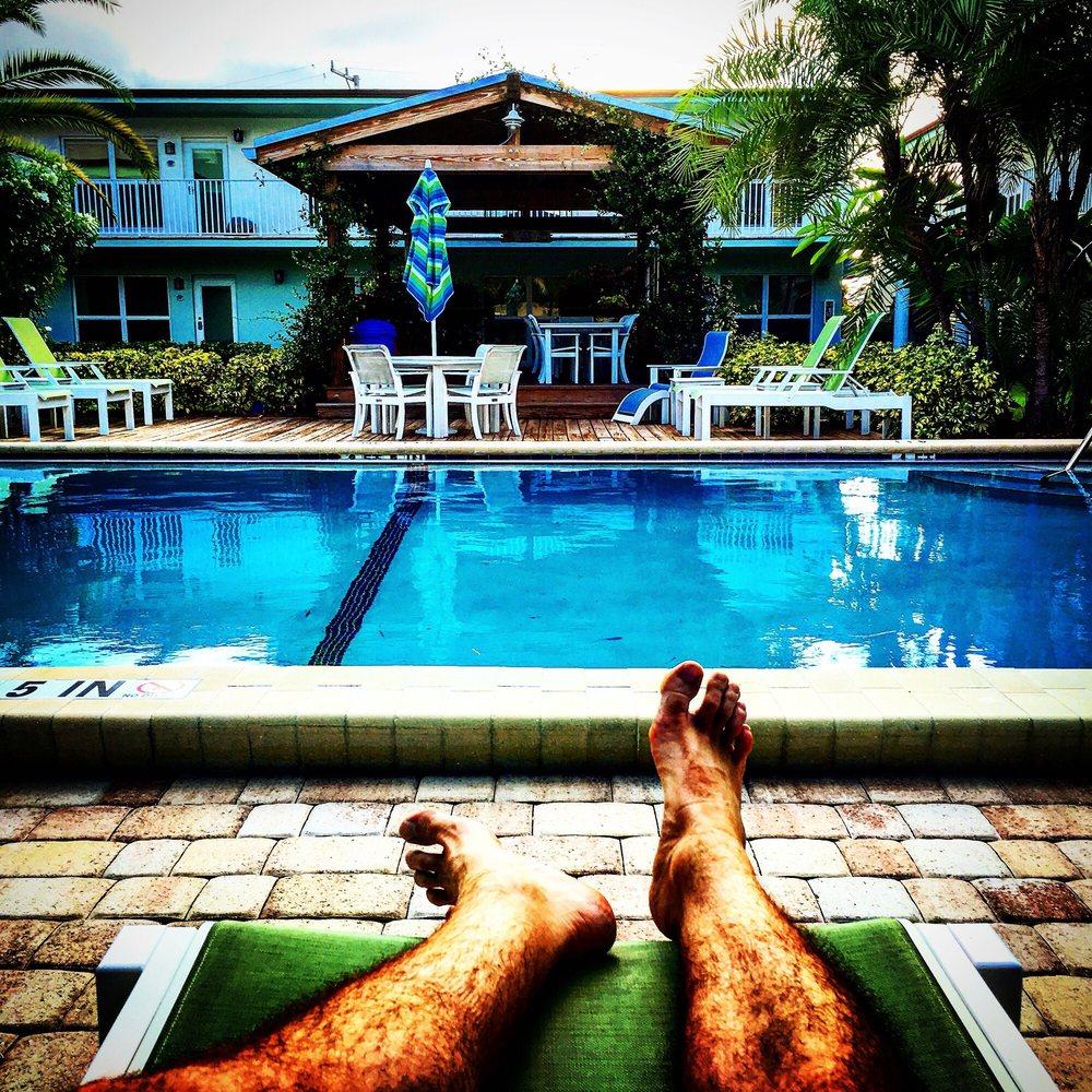 Sun Dek Beach House: 6666 N Ocean Blvd, Ocean Ridge, FL