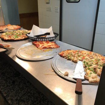 Round Table Pizza Old Sacramento.Round Table Pizza Order Food Online 70 Photos 164 Reviews