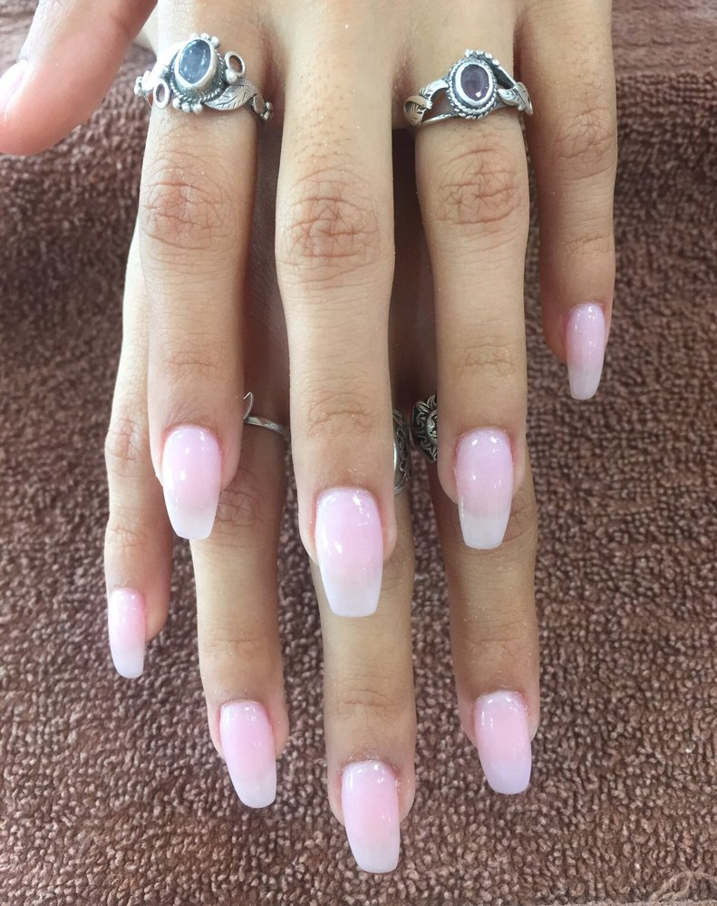 SNS powder over natural nails, colors N6 and BC4 (they used a bit of ...