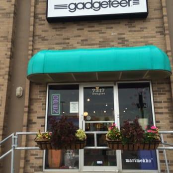 Gad eer 10 s Furniture Stores 7317 Douglas St