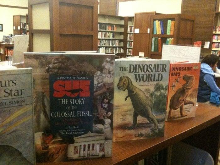 Burlingame Library: 1800 Easton Dr, Burlingame, CA